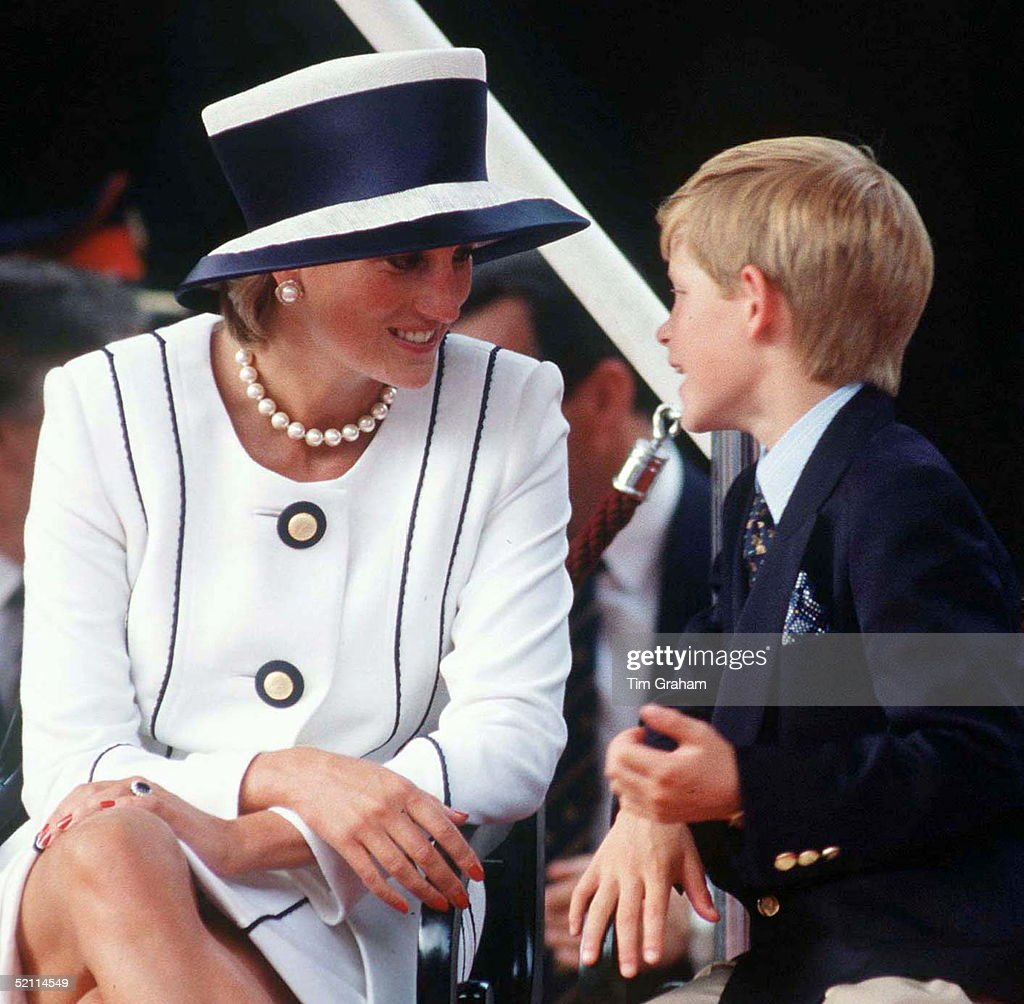 The Princess Of Wales & Prince Harry (henry) Attend Vj Day Commemorative Events Designer Of Diana's Suit - Tomasz Starzewski