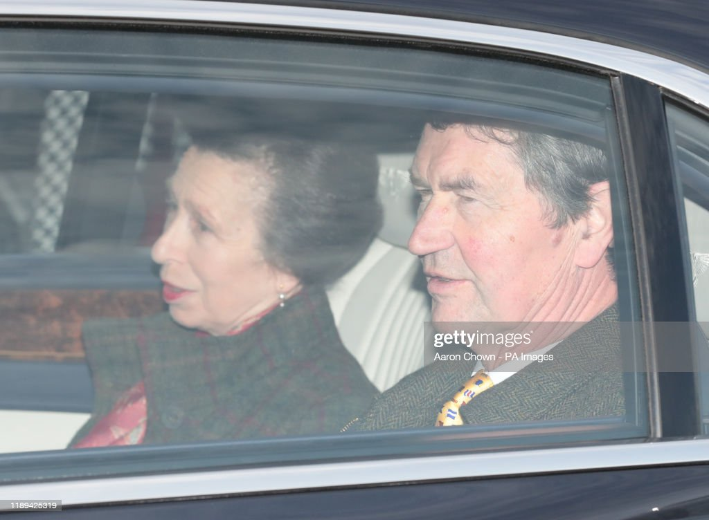 Queen's Christmas lunch 2019 : News Photo