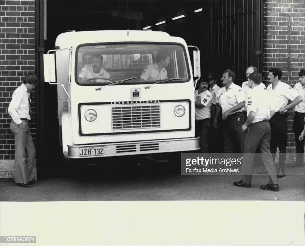 The prisoners' escape story by Police roundsThe Police van with three recaptured prisoners leaves Darlinghurst Police station for long Bay under...