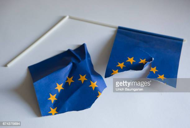 The project Europe - Symbol photo on the topics of poverty, inequality, social justice, North-South problematics, immigration, brexit, etc. Das Foto...