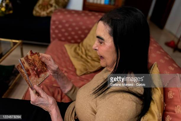 The protagonist of the book 'Fidel In Love The great secret love of Lider Maximo' Anna Maria Traglia look at the photos of her in Cuba in 1975 began...