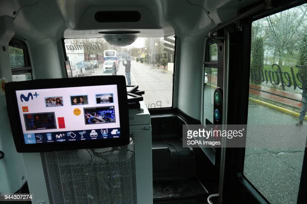 The prototype of a fully autonomous vehicle is designed to carry up to 5 people Telefónica presented today in Talavera de la Reina the first 5G use...