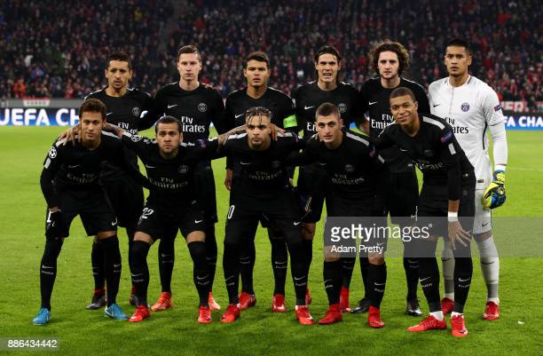 The PSG team pose for a photo prior to the UEFA Champions League group B match between Bayern Muenchen and Paris Saint-Germain at Allianz Arena on...