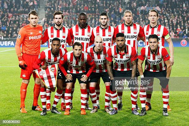 The PSV team line up prior to the group B UEFA Champions League match between PSV Eindhoven and CSKA Moscow held at Philips Stadium on December 8...