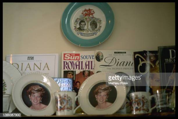 The publican has an extensive collection of memo rabilia ranging from cups to Diana magazines.