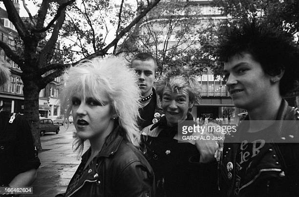 musical press punk 1970s to present day Post-punk is a broad type of rock music that emerged from the punk movement of the 1970s, in which artists departed from the simplicity and traditionalism of punk rock to adopt a variety of avant-garde sensibilities.