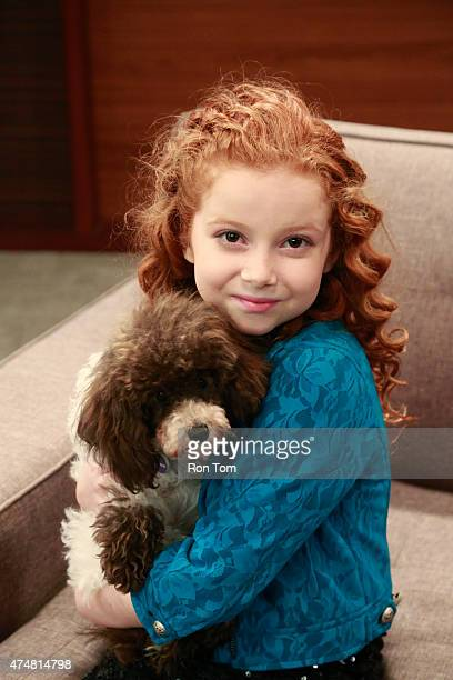 BLOG 'The Puppies Talk' Tyler Chloe and Avery discover that Gracie and Freddy can talk just like their dad Stan This episode of 'Dog with a Blog'...