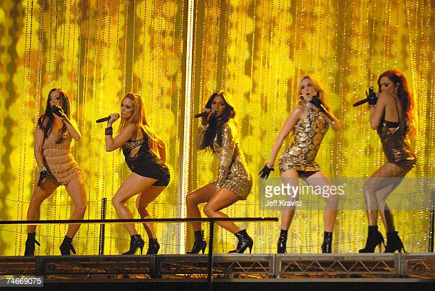 The Pussycat Dolls perform Buttons at the 2006 American Music Awards Show at Shrine Auditorium in Los Angeles CA