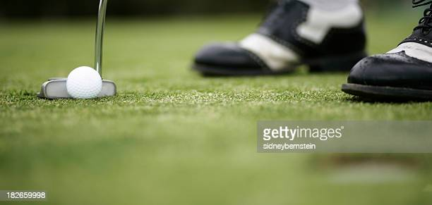 the putt - putting green stock pictures, royalty-free photos & images
