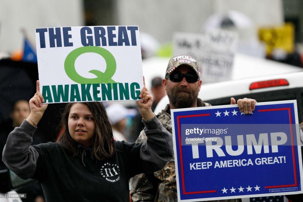 Protestors rally at Oregon State Capitol : News Photo