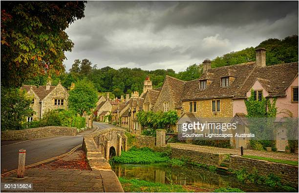 the quaint, historic and picture-book village of castle combe, wiltshire, england - ウィルトシャー州 ストックフォトと画像