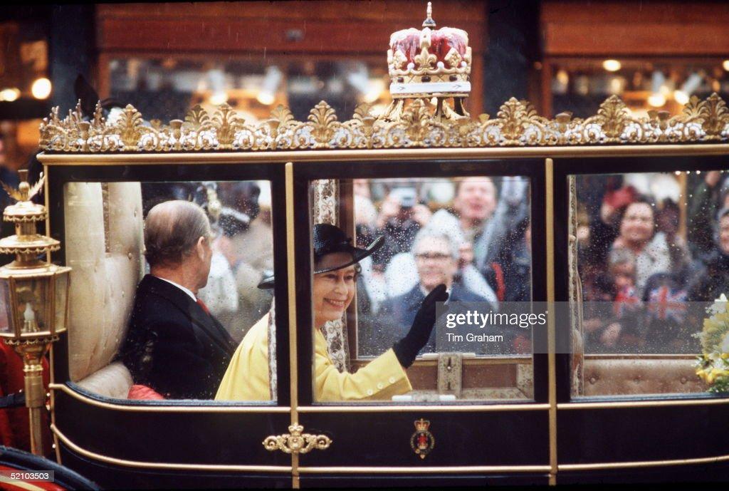 Queen Birthday : News Photo