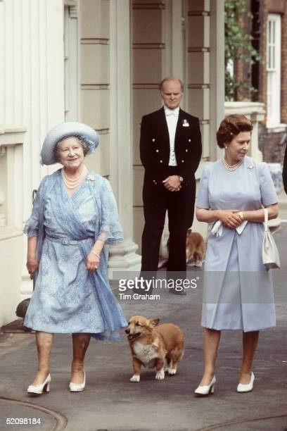 The Queen And Queen Mother With Her Corgis Outside Clarence House To Celebrate Her Birthday