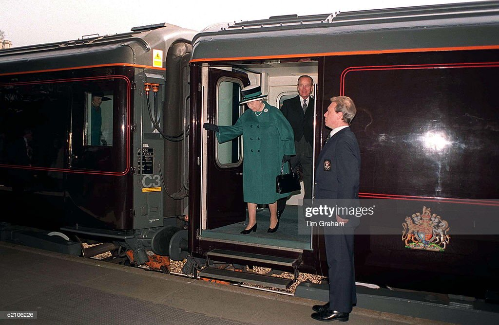 Queen Royal Train Bristol : News Photo