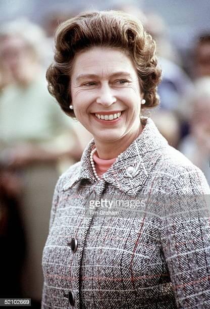 60 Top Queen Elizabeth Ii 1970s Pictures, Photos, & Images ...