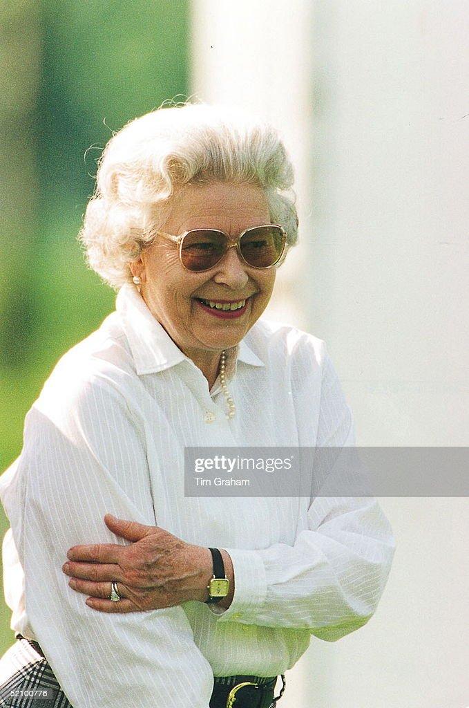Queen In Windsor : News Photo