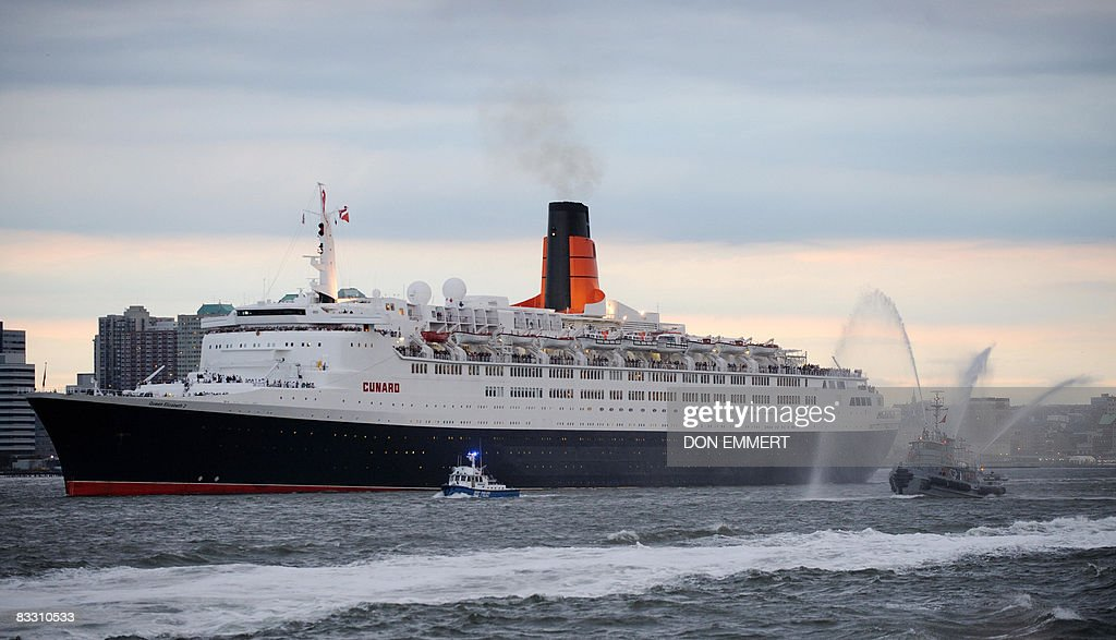 Queen Mary And The QE Set Sail From New York Harbor Photos And - Cruises out of nyc