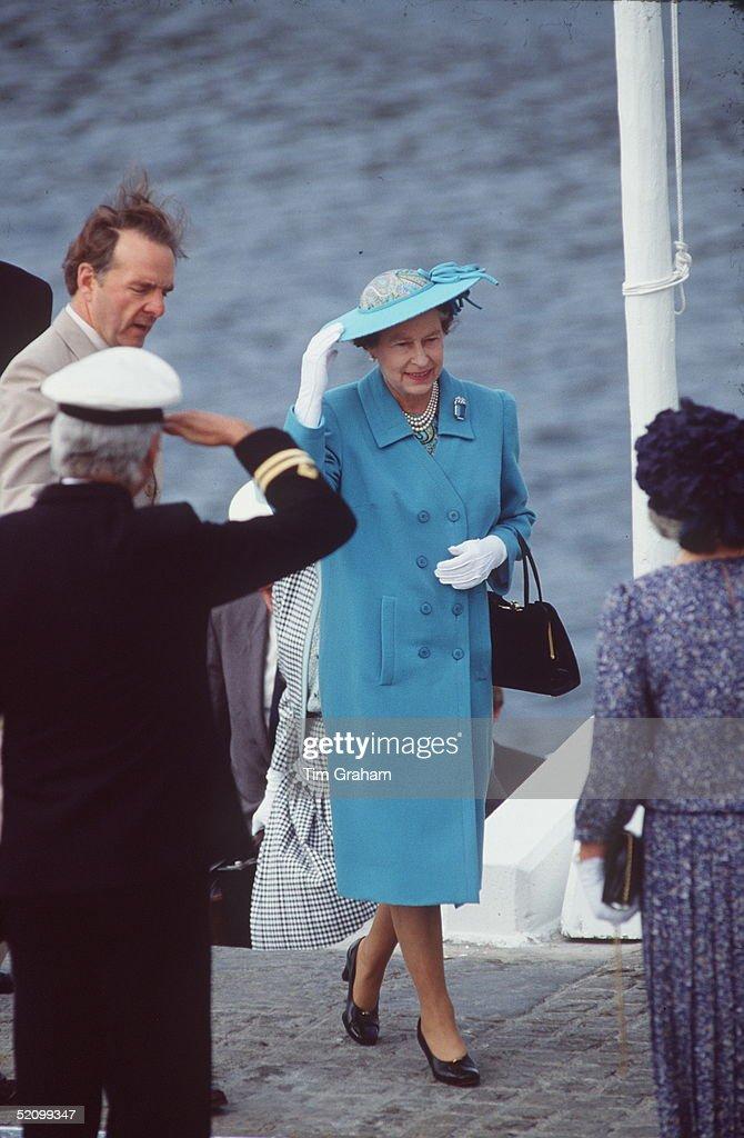 Queen Isle Of Man : News Photo