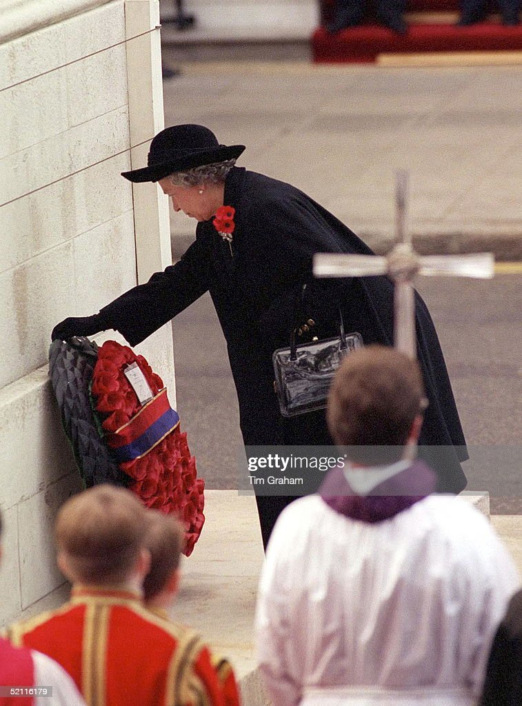 Queen Lays Wreath At Cenotaph : News Photo
