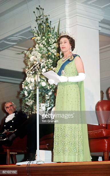 The Queen Making A Speech In Canberra Western Australia During Her Jubilee Tour In February March 1977