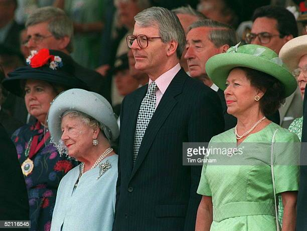 The Queen Mother And Princess Margaret With John Major At The Ve Day Ceremony In Hyde Park