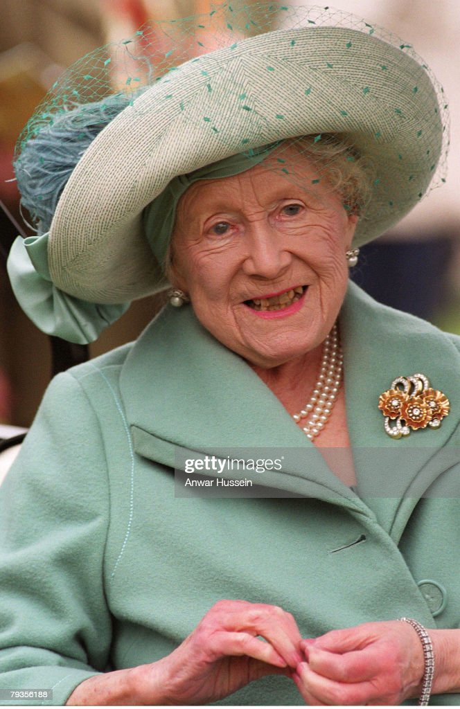 The Queen Mother at the Cheltenham Gold Cup on March 16, 2002