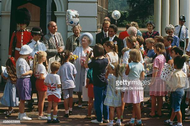The Queen Mother celebrates her 90th birthday outside Clarence House in London UK 4th August 1990