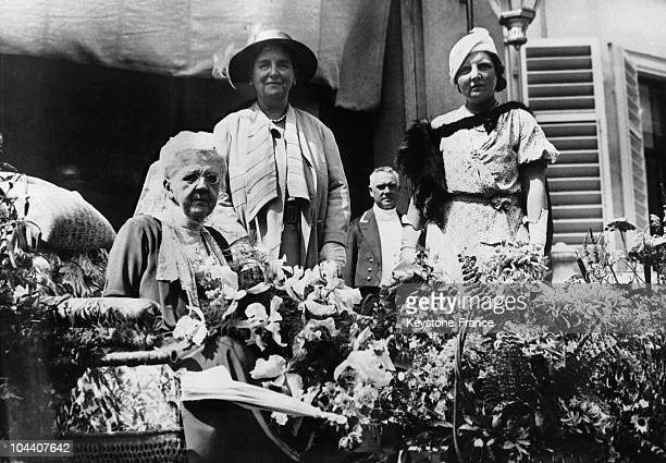The Queen Mother EMMA of Holland celebrating her 75th birthday with her daughter Queen WILHELMINA and granddaughter Princess JULIANA in 1933