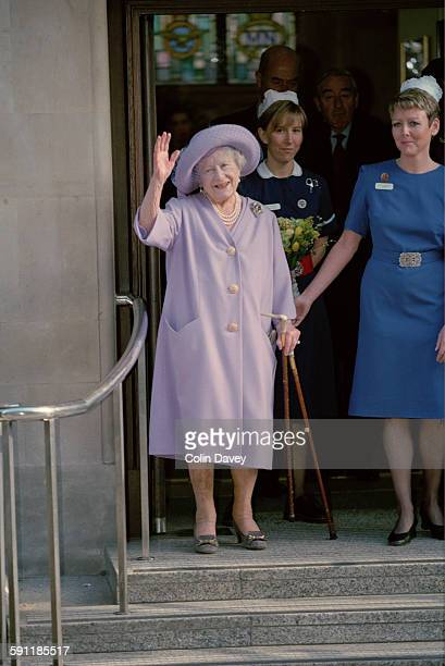 The Queen Mother leaves the King Edward VII Hospital in London after a hip replacement 17th February 1998