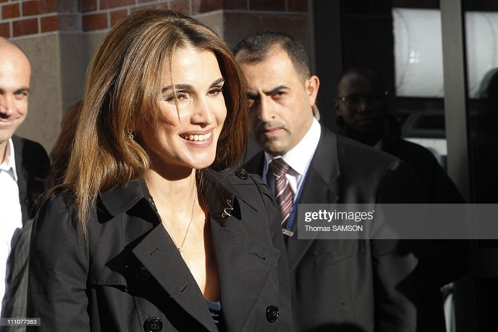 The Queen Of Jordan Rania Al Abdullah At The Conference Leweb09 In News Photo Getty Images