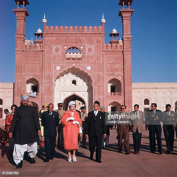 The Queen outside the Badshhi Mosque in Lahore during her 1961 State visit to Pakistan.