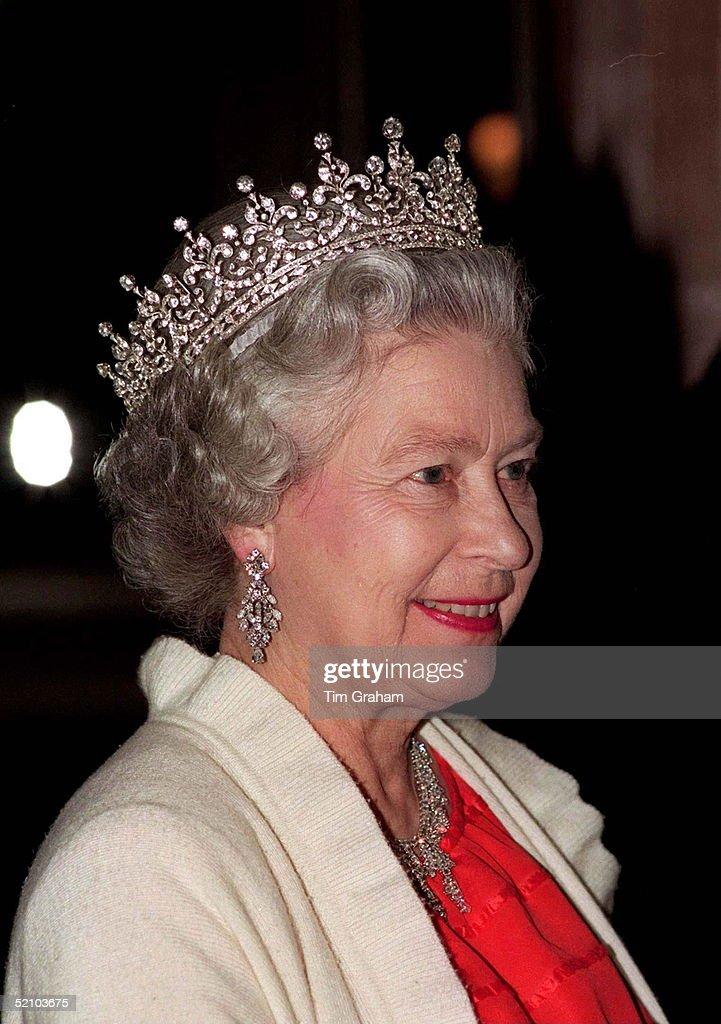 Queen Tiara : News Photo