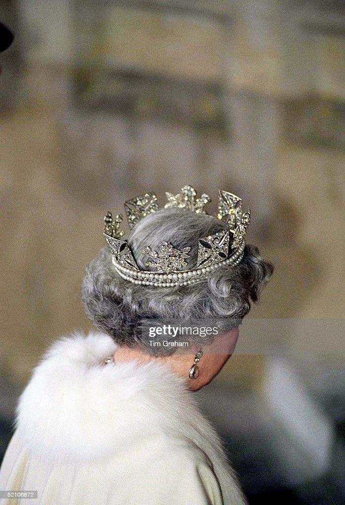 Queen Tiara Parliament : News Photo