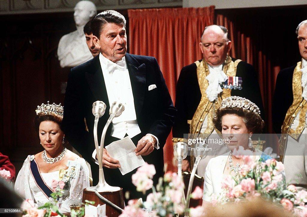 Queen And Reagan Banquet : News Photo