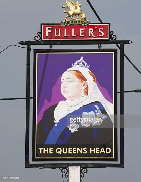 The Queens Head Pub In The Village Of Bradfield Next To Bucklebury Berkshire United Kingdom