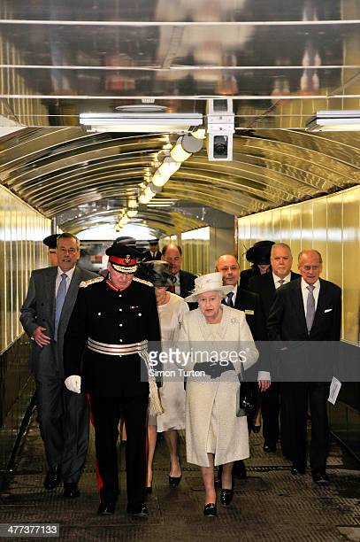 CONTENT] The Queens visit to Cardiff for the jubilee tour at Cardiff central station