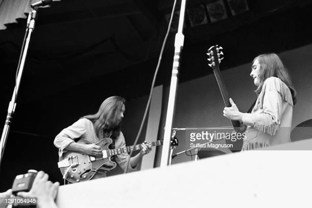 The Quicksilver Messenger Service earned the crown of the quintessential San Francisco psychedelic band from the Sixties. With jazz, classical, swing...