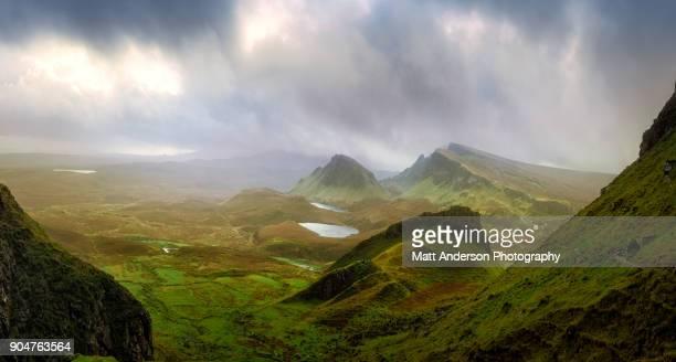 the quiraing  - scotland #1 - valle foto e immagini stock