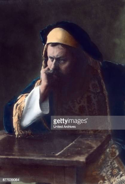 The Rabbi Dathan the treasurer of Caiaphas Judas di pays silver pieces and always with the same rancor and rhetoric incites the Jews from beginning...