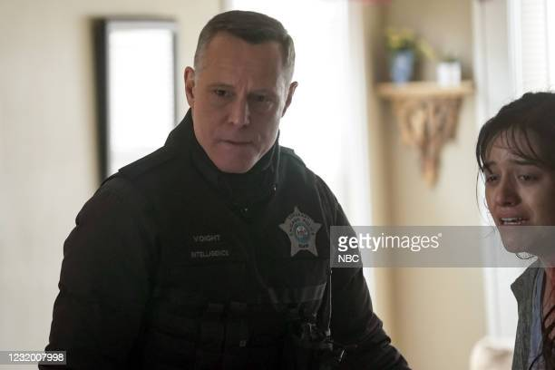 """The Radical Truth"""" Episode 810 -- Pictured: Jason Beghe as Hank Voight --"""
