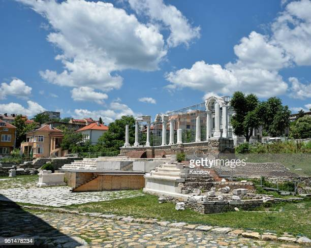 the ramparts of the forum of the ancient roman city of augusta trayana - bulgaria stock pictures, royalty-free photos & images