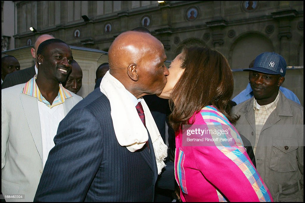 President wade at the party black is beautiful in paris pictures the rapper ekon the senegalese president abdoulaye wade and his daughter syndiely wade at voltagebd Choice Image