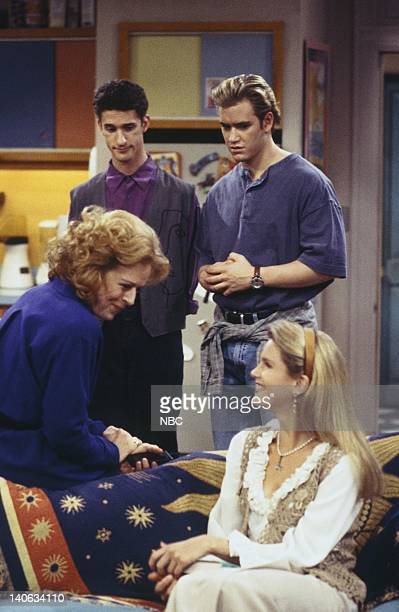 YEARS 'The Rave' Episode 15 Air Date Pictured Holland Taylor as Dean Susan McMann Dustin Diamond as Screech Powers MarkPaul Gosselaar as Zack Morris...