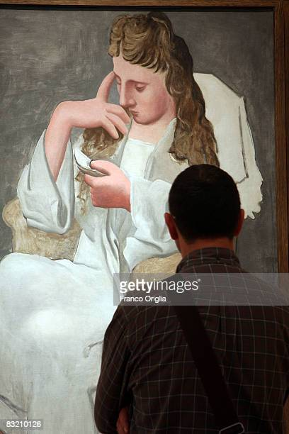 'The Reader' painting of Picasso is shown at the 'Vittoriano' Palace Museum during the opening exhibition 'Picasso 1917 1937' on October 10 2008 in...