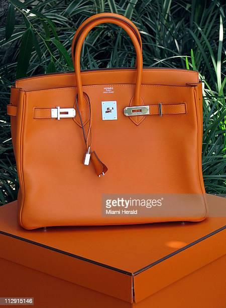Hermes Birkin handbag in Boite Orange