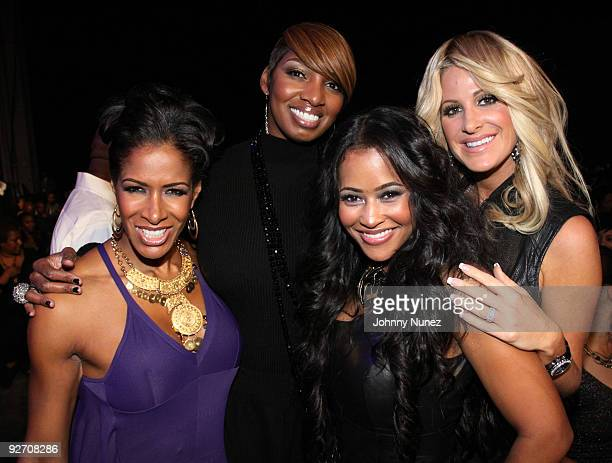 The Real Housewives of Atlanta's Sheree Whitfield NeNe Leakes Lisa Hartwell Hu and Kim Zolciak attend the 2009 Soul Train Awards at the Georgia World...
