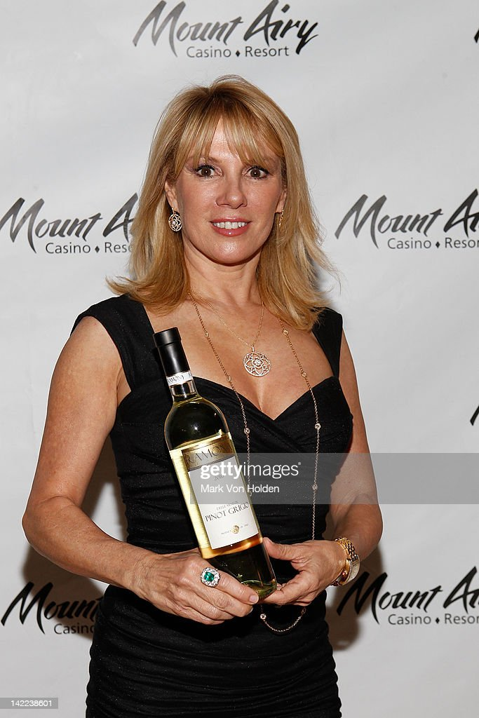 Viva Pinot Ramona, Star Of The Real Housewives of New York, at Mount Airy Casino Resort  : News Photo