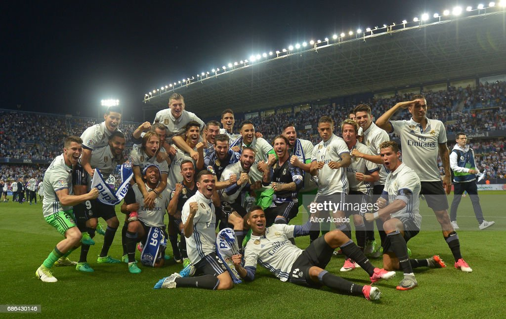The Real Madrid Squad Celebrate Winning The La Liga Title Following News Photo Getty Images