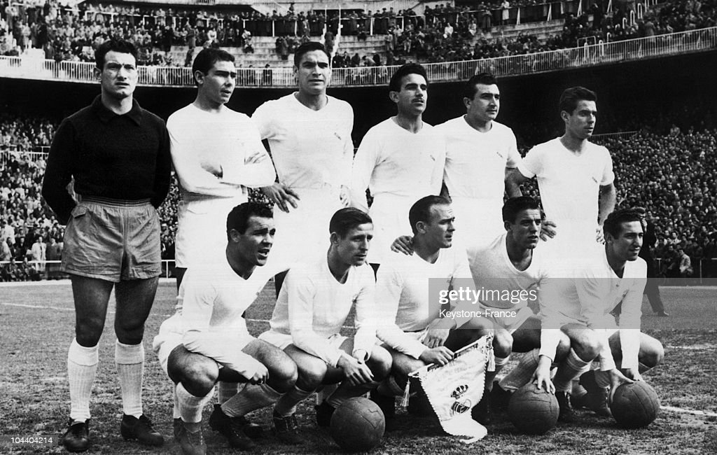 The Real Madrid Team Around 1957 : Nachrichtenfoto