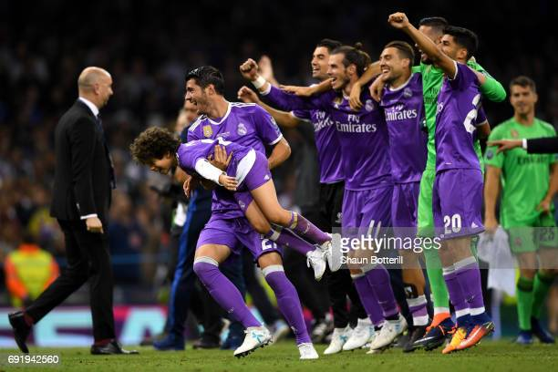 The Real Madrid team celebrate victory after the UEFA Champions League Final between Juventus and Real Madrid at National Stadium of Wales on June 3...